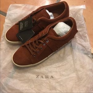 NWT Zara sneakers real leather shoes 8 39